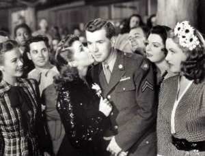 Andrea King, Joan Leslie, Robert Hutton, Lynne Baggett and Angela Greene in a scene from Hollywood Canteen