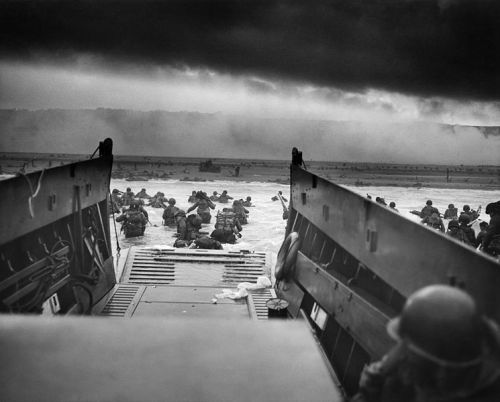 US Army troops wade ashore on Omaha Beach on the morning of 6 June 1944